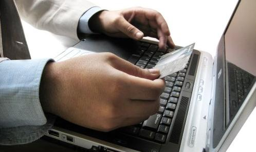 business-writing-laptop
